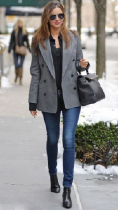 miranda-kerr-carrying-hermes-kelly-bag