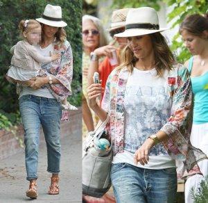 jessica-alba-kimono-street-style-boyfriend-jeans-july-19-2014
